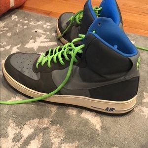 Nike Shoes - NIKE AIR MAX Size 13